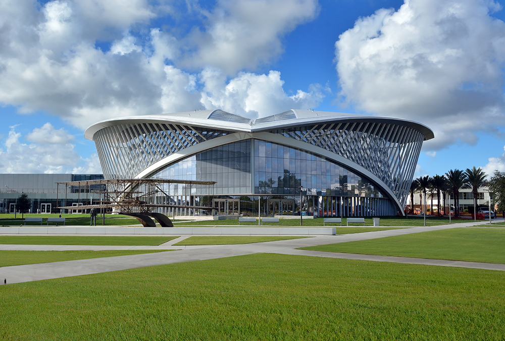 Embry Riddle - Insulating Laminated - Viracon delivers a customized architectural glass solutions